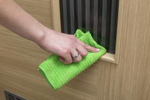 Prosklené rámečky čistěte suchým hadrem